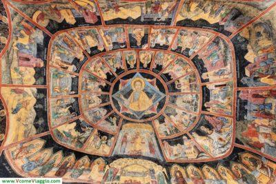 affreschi della Chiesa Vecchia di Sinaia