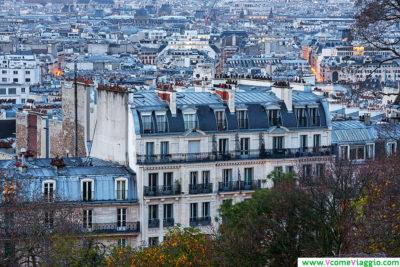 i tetti di Parigi visti da Montmartre