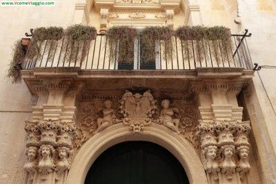 dettagli del barocco leccese