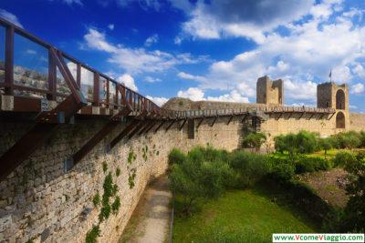 camminamenti sulle mura di monteriggioni