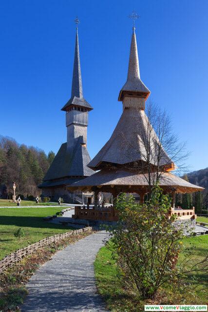 chiesa nuova di Barsana all'interno del monastero