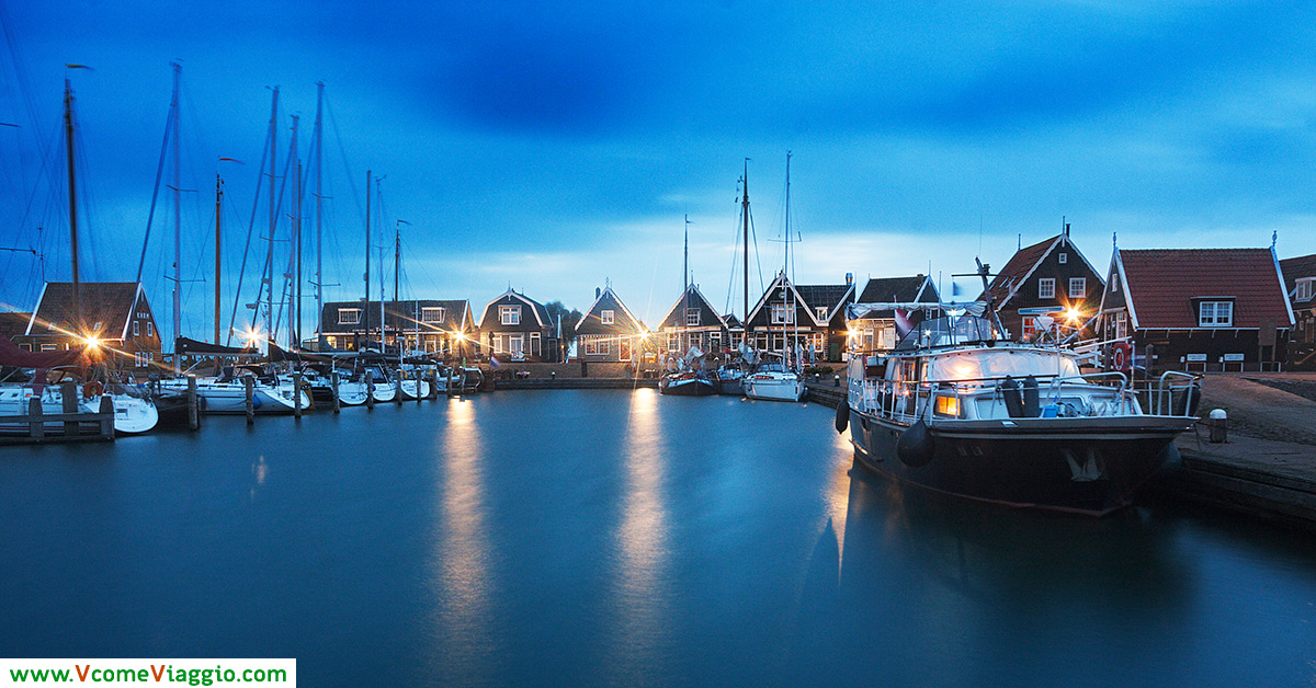 Marken, Olanda: il porto all'imbrunire