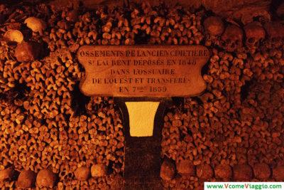 iscrizione alle catacombe di Parigi
