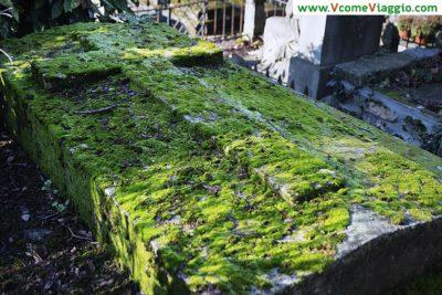 tomba al cimitero di pere lachaise