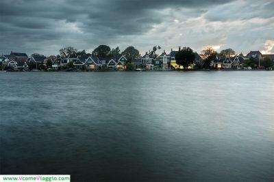 zaandijk, cittadina olandese vicino ai mulini a vento
